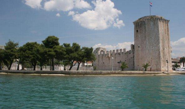 Ga kastelen spotten in Kroatië